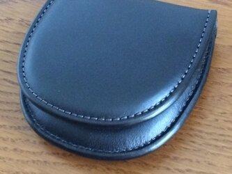 栃木レザー 馬蹄型コインケース ブラックの画像