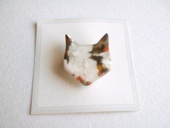 ミケ猫ブローチの画像