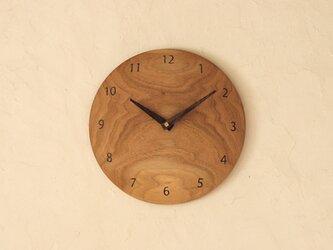 掛け時計 丸 くるみ材の画像