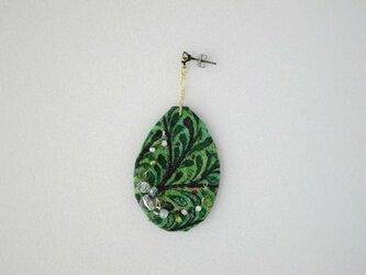 緑の森ピアス Color drop(LIBERTY)受注製作の画像