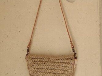麻紐編みのミニミニポーチの画像