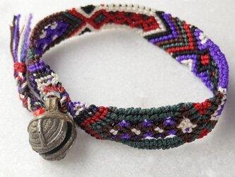 マヤ末裔が作るミサンガを脱着可能に。小 骨董鈴の画像