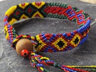 マヤ末裔が作るミサンガを脱着可能に。小の画像