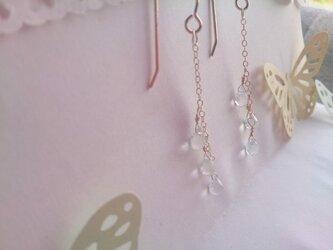 ホワイトベリルのピアス【14kgf】の画像