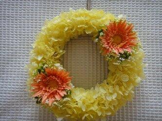 【ギフトに最適☆】イエロー×オレンジのサマーリースの画像