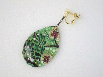 緑の森イヤリング Color drop(LIBERTY)受注製作の画像