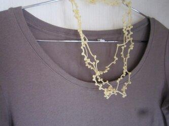 ライトイエローかぎ針編みネックレスの画像