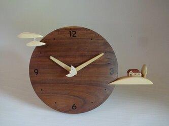 木製時計-丘の家(ブラックウォールナット)の画像