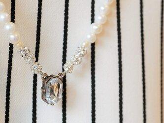 【特別感謝セール】キラキラビジューと淡水パールのネックレスの画像