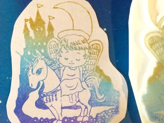 【送料無料】「天使の休息」天使とユニコーンはんこの画像