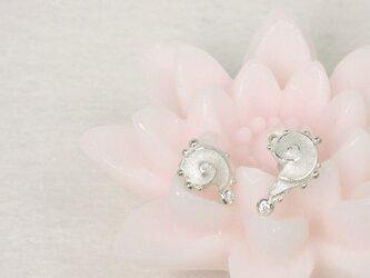 【Silver】petit UZU(プティ・ウズ)ピアス【CZ】の画像