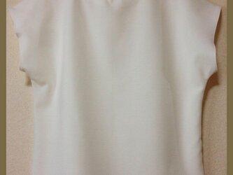 【送料無料】ホワイトカットソー フレンチスリーブの画像