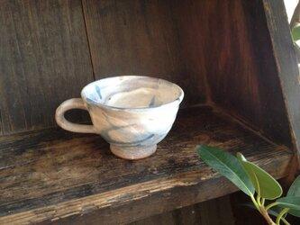雲柄のスープカップの画像