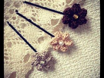 お花のモチーフ・ピン~その1の画像