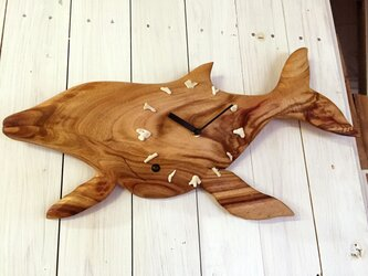 ザトウクジラの掛け時計の画像