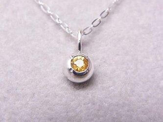 イエローサファイアの純銀の珠の画像