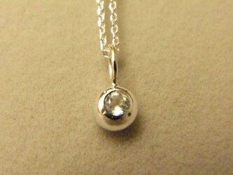 ホワイトトパーズの純銀の珠の画像