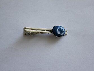 藍染め・三浦絞りのネクタイピンの画像