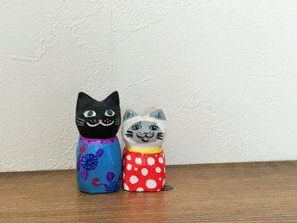木彫り猫 小さなシャム猫の画像
