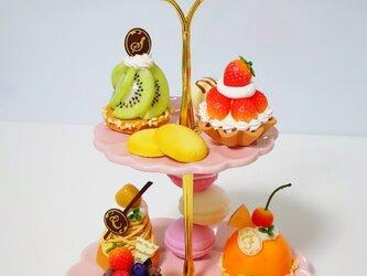 【予約済み】k様専用♡スイーツいっぱい♡2段のケーキプレートの画像