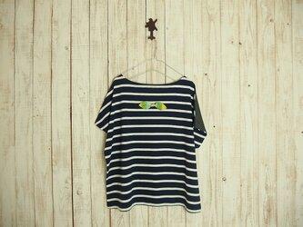 どっちもTシャツ(リボン)/紺白ボーダー×チャコールグレーの画像