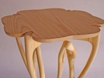 サイドテーブルの画像