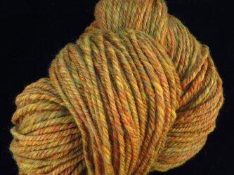 手紡ぎ毛糸 染色メリノ黄色系(少なめ)の画像