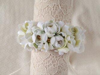 染め花のリストレット(S・ホワイト&グリーン)の画像