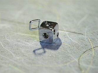 サイコロのペンダントトップの画像