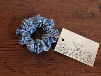 手織りのシュシュの画像