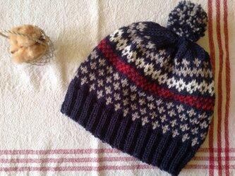 フェアアイル帽子(紺赤)の画像