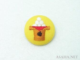 お月見刺繍ブローチ【お団子】の画像