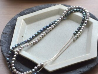 """in-ei"" pearl Long Necklaceの画像"