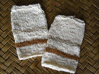 手紡ぎ綿の手首ウォーマーの画像