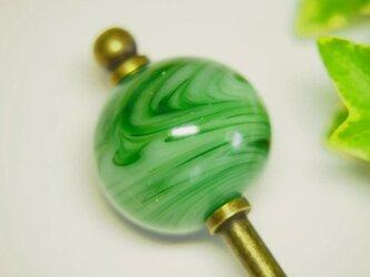 マーブル模様とんぼ玉のかんざし 緑の画像