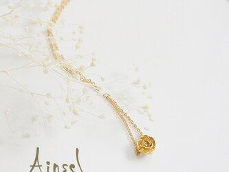 プチローズネックレス(gold)の画像
