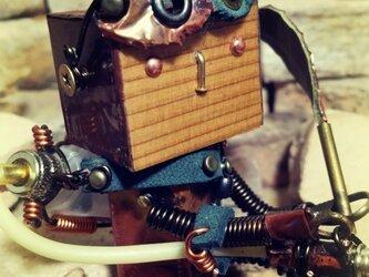 異世界の小さなロボット(座り) Woobotの画像