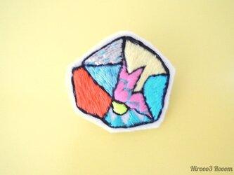 #イロカラ刺繍ブローチ ISB002の画像