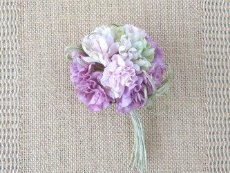 小花のポンポン カーネーション風 パープルmix * 綿ローン製 * コサージュの画像