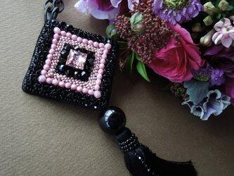タッセル付きビーズ刺繍ネックレスの画像