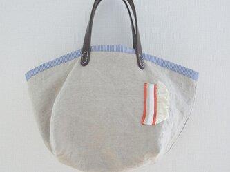 キューブ型トートバッグの画像