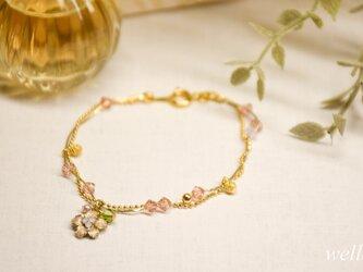 【アンティーク調】小さなお花のブレスレットの画像