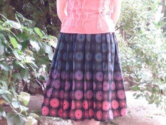 グルグルグラデーションスカート ブラックの画像