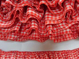 赤いギンガムチェックのフリルの画像