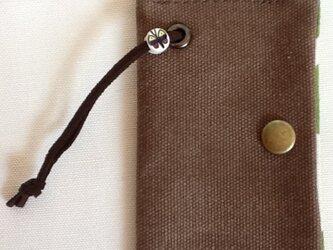 帆布のキーケース ブラウンの画像