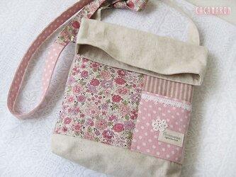 4ポケットショルダーバッグ YUWA花柄 ピンクの画像