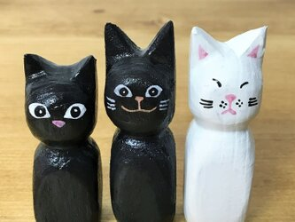 木彫り猫 黒猫 の画像