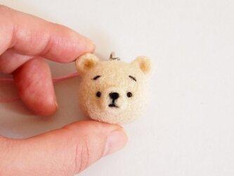 まゆくま(薄ベージュ)携帯クリーナーストラップ※受注製作 羊毛フェルト(アクレーヌ製)の画像