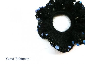 ふんわりモヘアの水玉シュシュ*ブルーの画像