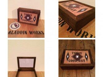 ネイティブ柄BOXの画像